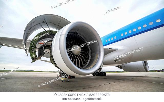 Side view of airplane's engine during maintenance, Schiphol Airport, Amsterdam, Netherlands