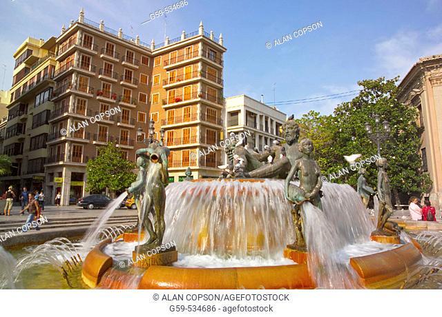Spain Valencia Region (La Comunidad Valenciana) Valencia City Plaza de la Virgen