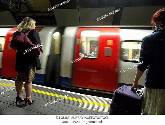 TRain arriving at the platform London Bridge station, UK   London Underground Tube filmed under film permit issued by Kate Reston London Underground Film Office...