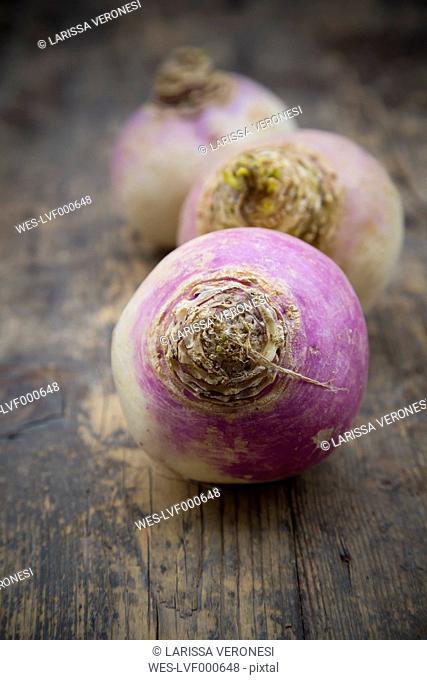 May turnip (Brassica rapa ssp. rapa var. majalis) on wooden table