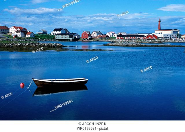 Boat, in, front, of, Andenes, Vesterales, Norway