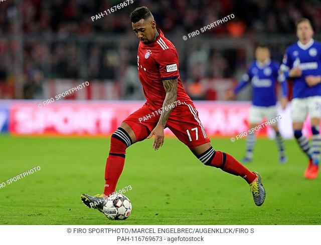 firo: 09.02.2019, Football, 1.Bundesliga, Season 2018/2019, FC Bayern Munich - FC Schalke 04 3: 1, Jerome Boateng, FC Bayern, Munich, Munich, FC Bayern Munich
