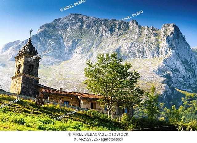 San Miguel church. Arrazola greenway. Atxondo Valley, Biscay, Basque Country, Spain, Europe