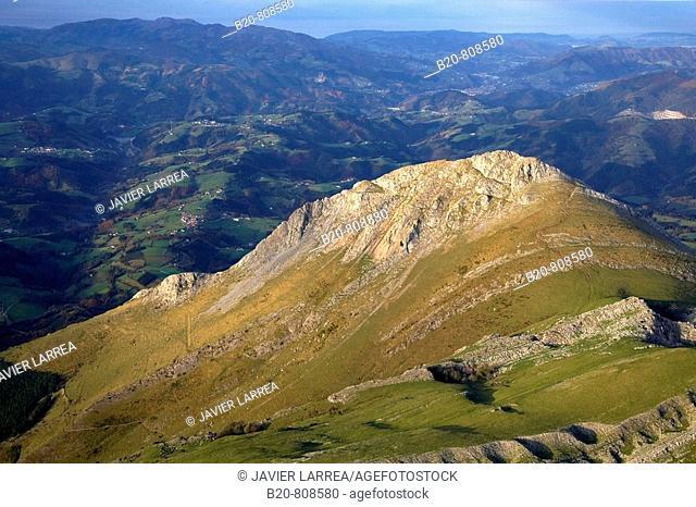 Txindoki mountain, Sierra de Aralar, Guipuzcoa, Navarra, Spain