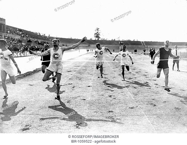 Historic photograph, winner of a race, around 1930