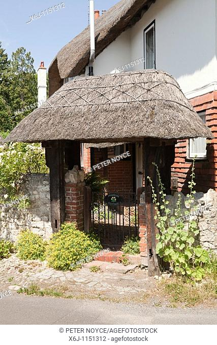 thached Lychgate outside thacthed cottage in Selborne