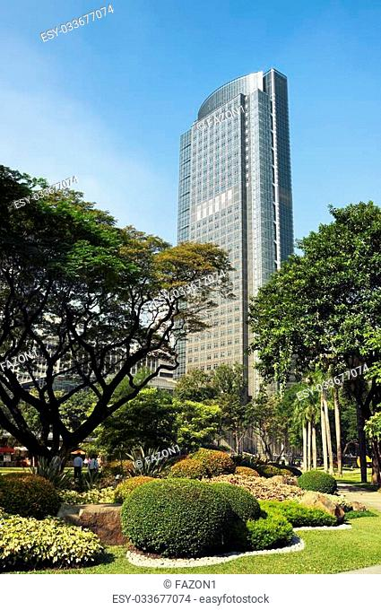 Ayala Tower One view from Ayala Triangle Gardens. It its one of the tallest building in the Philippines, (160 metres (525 feet))