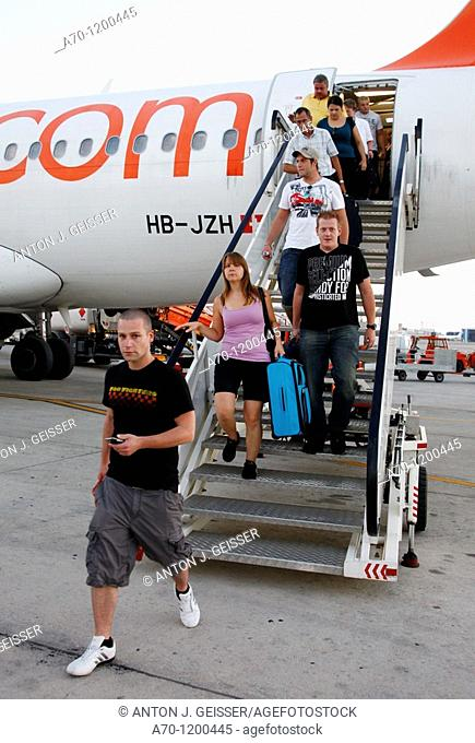 EasyJet aircraft , passengers , palma de mallorca