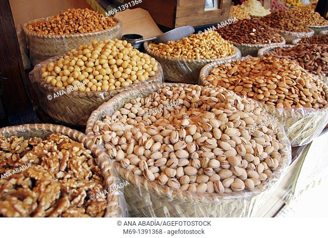 Sale of dried fruits