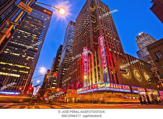 Radio City, Music Hall, Rockefeller Center, 6th Avenue, Avenue of the Americas, Midtown, Manhattan, New York City, New York, USA