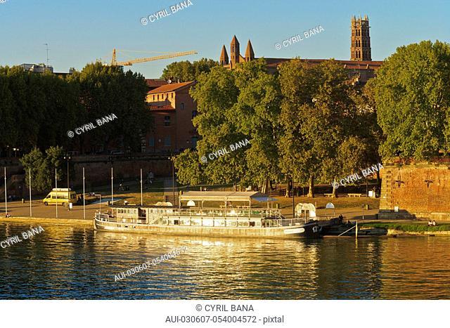 France, Toulouse, [Garonne river banks]