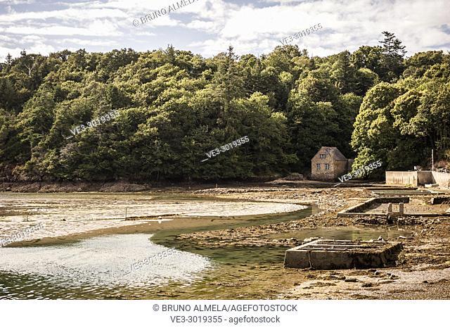 A house on Belon river, Riec-sur-Bélon (department of Finistère, region of Bretagne, France)