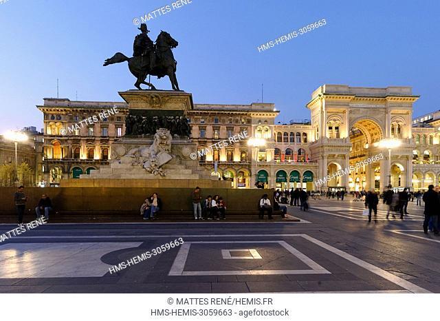Italy, Lombardy, Milan, Piazza del Duomo, equestrian statue of Victor Emmanuel II of Italy and entry of Vittorio Emmanuel II Gallery