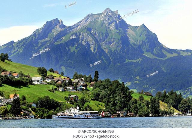 Paddlewheeler, City of Lucerne, Mount Pilatus, Hergiswil, Lake Lucerne, Nidwalden, Switzerland / Vierwaldstattersee, Vierwaldstättersee