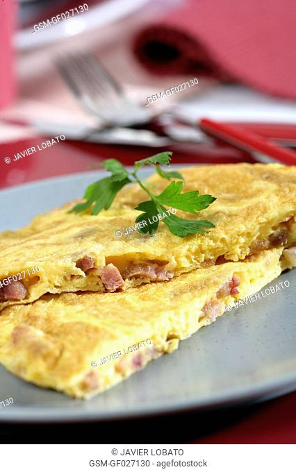Crusty bacon omelette