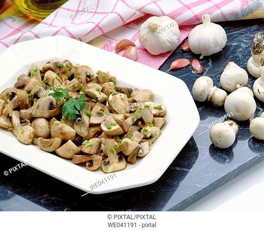 Mushrooms in garlic sauce