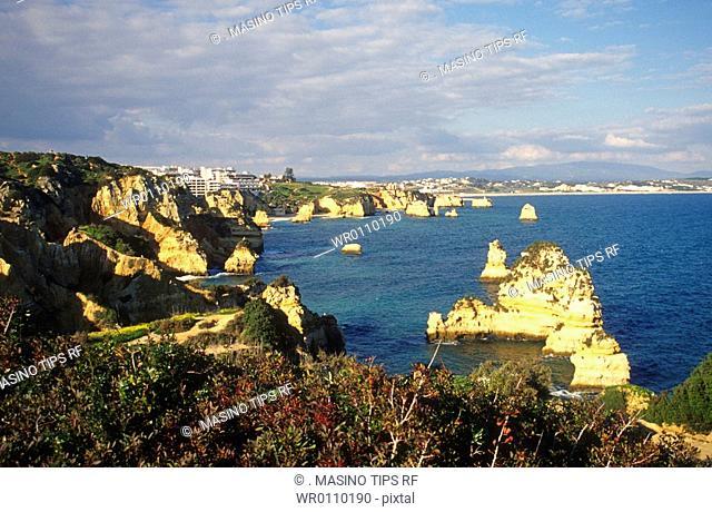 Portugal, Algarve, the coast at Lagos, Ponta da Piedade