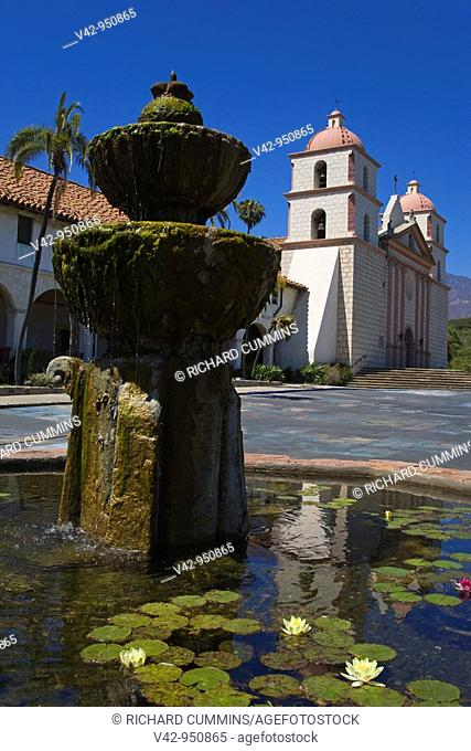 Fountain, Old Mission Santa Barbara, Santa Barbara City, California, USA