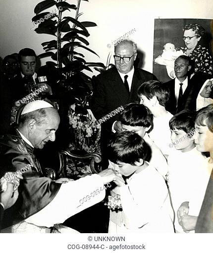 Pope Paul VI and the Italian President Giuseppe Saragat , Italy