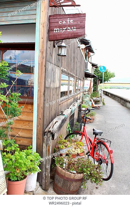 Izushi,Café Moyau,Japan