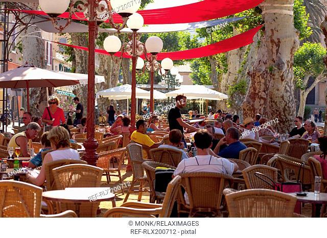 Street cafe, Ile Rousse, Corsica, France