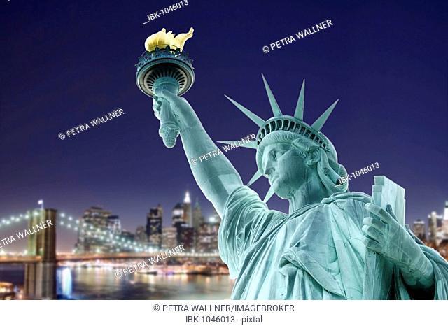 Photo montage, compositing, Statue of Liberty, Liberty Island, Brooklyn Bridge, New York City, New York, USA