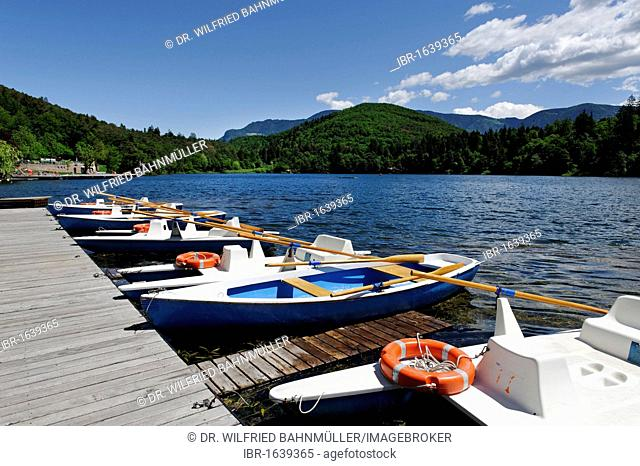 Rental boat station at the lido, Montiggler See lake, at the Weinstrasse, Ueberetsch, Southern Tyrol, Italy, Europe