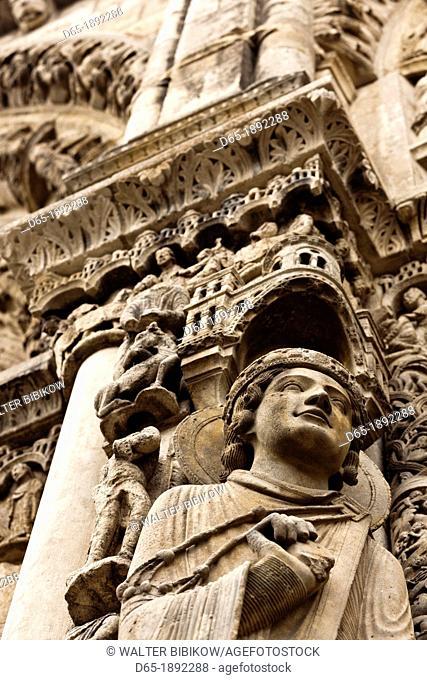 France, Centre Region, Eure et Loir Department, Chartres, Chartres Cathedral, building detail