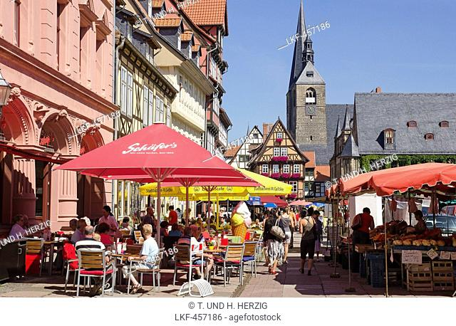 Market square in Quedlinburg, Harz, Saxony-Anhalt, Germany, Europe