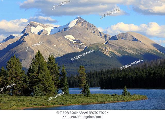 Canada, Alberta, Jasper National Park, Maligne Lake,