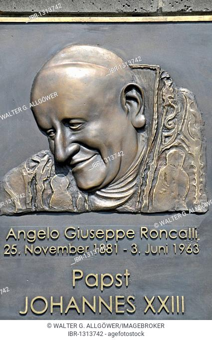 Bronze relief of Pope John XXIII., Roncalliplatz square on the south side of the Koelner Dom Cologne Cathedral, Cologne, North Rhine-Westphalia, Germany, Europe