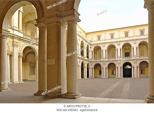 Inner courtyard, Palazzo Ducale, Modena, Emilia-Romagna, Italy
