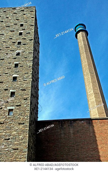 Chimney, tower, old textile factory, district of Camp de l'Arpa, Barcelona, Catalonia, Spain