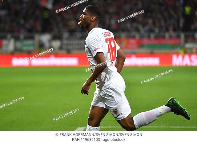 goaljubel Kevin DANSO (FC Augsburg) after goal to 1-0 jubilation, joy, enthusiasm ,, action, single image, single cut motive, half figure, half figure