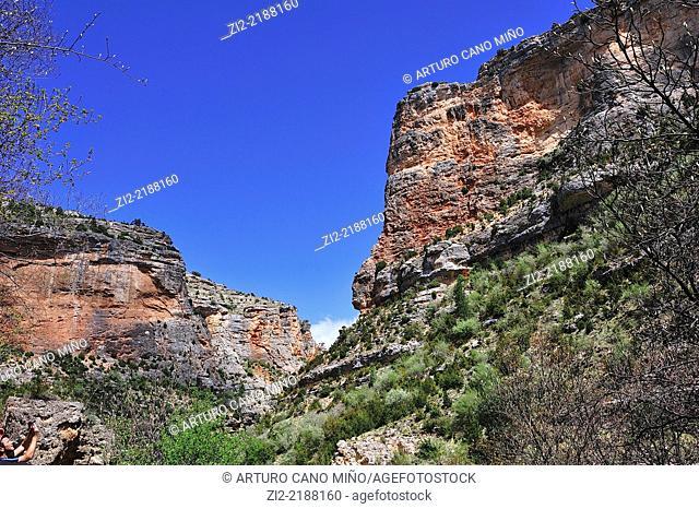 Valley of river Pitarque. Pitarque, Teruel, Spain
