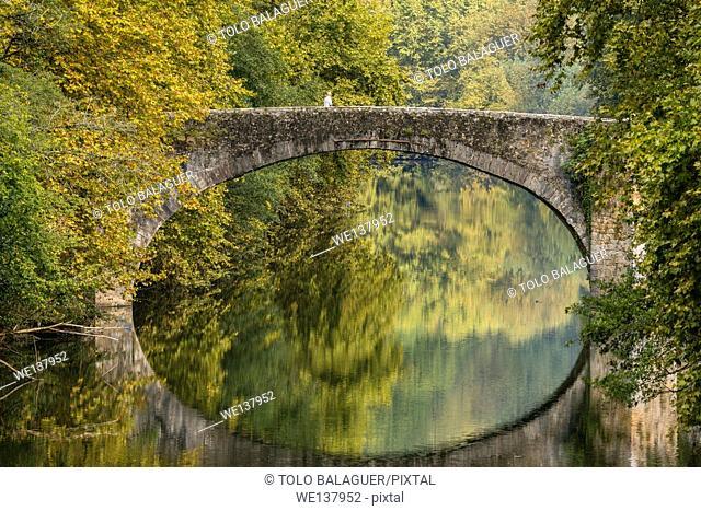 Stone bridge over Bidasoa river, Vera de Bidasoa (Bera), Navarre, Spain