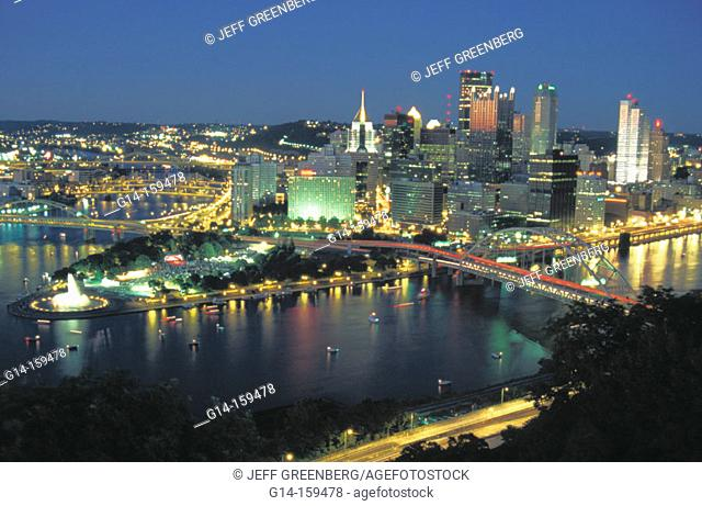 Three Point Park view from Mount Washington. Pittsburgh. PA. USA