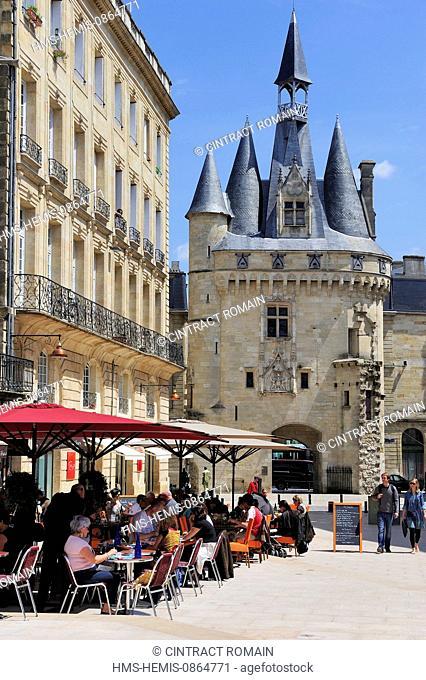 France, Gironde, Bordeaux, area listed as World Heritage by UNESCO, Place du Palais, Porte Cailhau