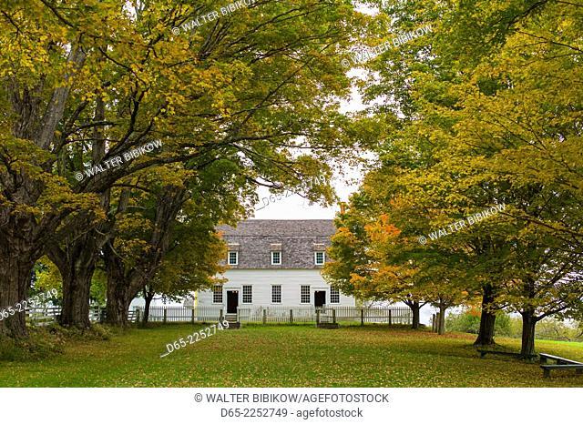 USA, New Hampshire, Canterbury, Canterbury Shaker Village, former Shaker religious community, Meeting House, autumn