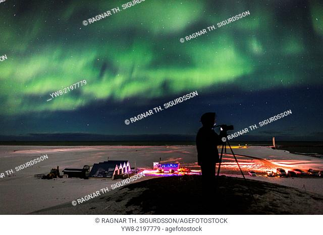 Photographing the Aurora Borealis or Northern lights, Jokulsarlon, Breidamerkurjokull, Vatnajokull Ice Cap, Iceland