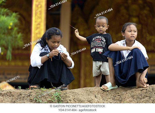 Children in the school, village of Kompong Phluk, Siem reap Province, Kingdon of Cambodia. Kompong Phluk, is one of the more than 170 villages surrounding Lake...