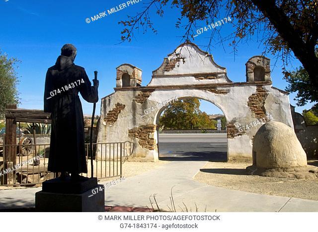 Statue of Father Junipero Serra at the Historic Mission San Miguel in California USA