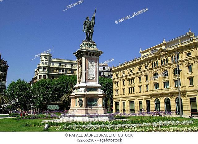 Monument to Oquendo. Victoria Eugenia Theatre, San Sebastian, Guipuzcoa, Basque Country, Spain