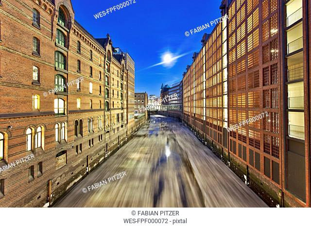 Germany, Hamburg, Speicherstadt at night