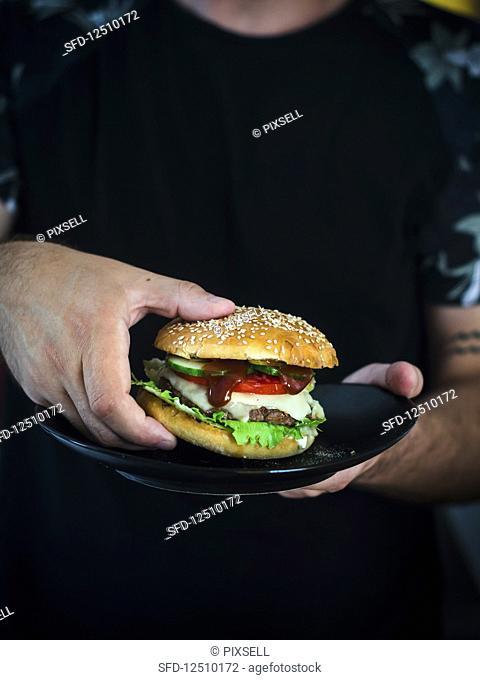 A homemade cheeseburger