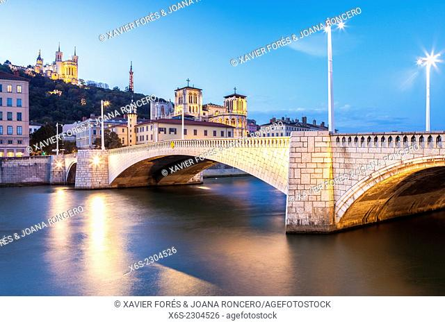View of the Cathedral of St-Jean and the Bonaparte bridge in Lyon, Rhône, Rhône-Alpes, France