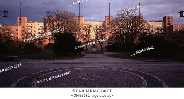 Wien, Karl-Marx-Hof, Karl Ehn, Heiligenstadterstrasse 32-39, exterior