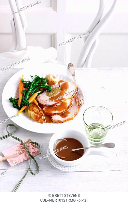 Plate of chicken with vegetables