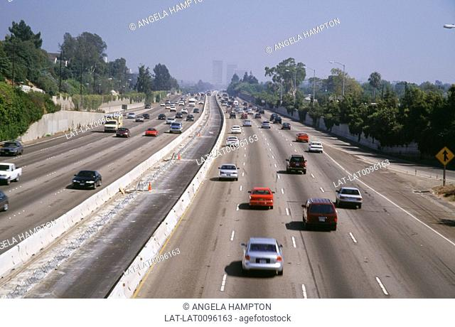 The city of Los Angeles built on the desert plain is the second largest in the USA,has a huge road network from suburbs to centre