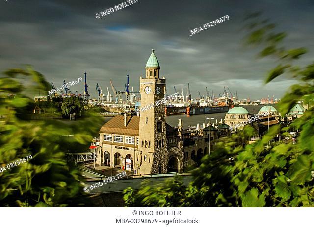 Germany, Hamburg, harbour, harbor, port, St. Pauli landing stage, vineyard, gauge tower